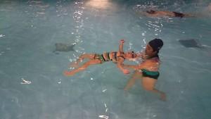 học bơi
