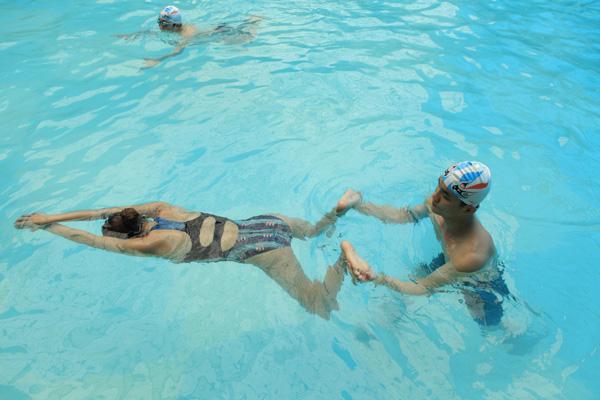 Bơi ếch giúp tăng chiều cao không