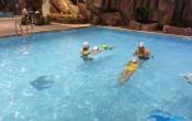 học bơi giúp cơ thể được massage thư giãn