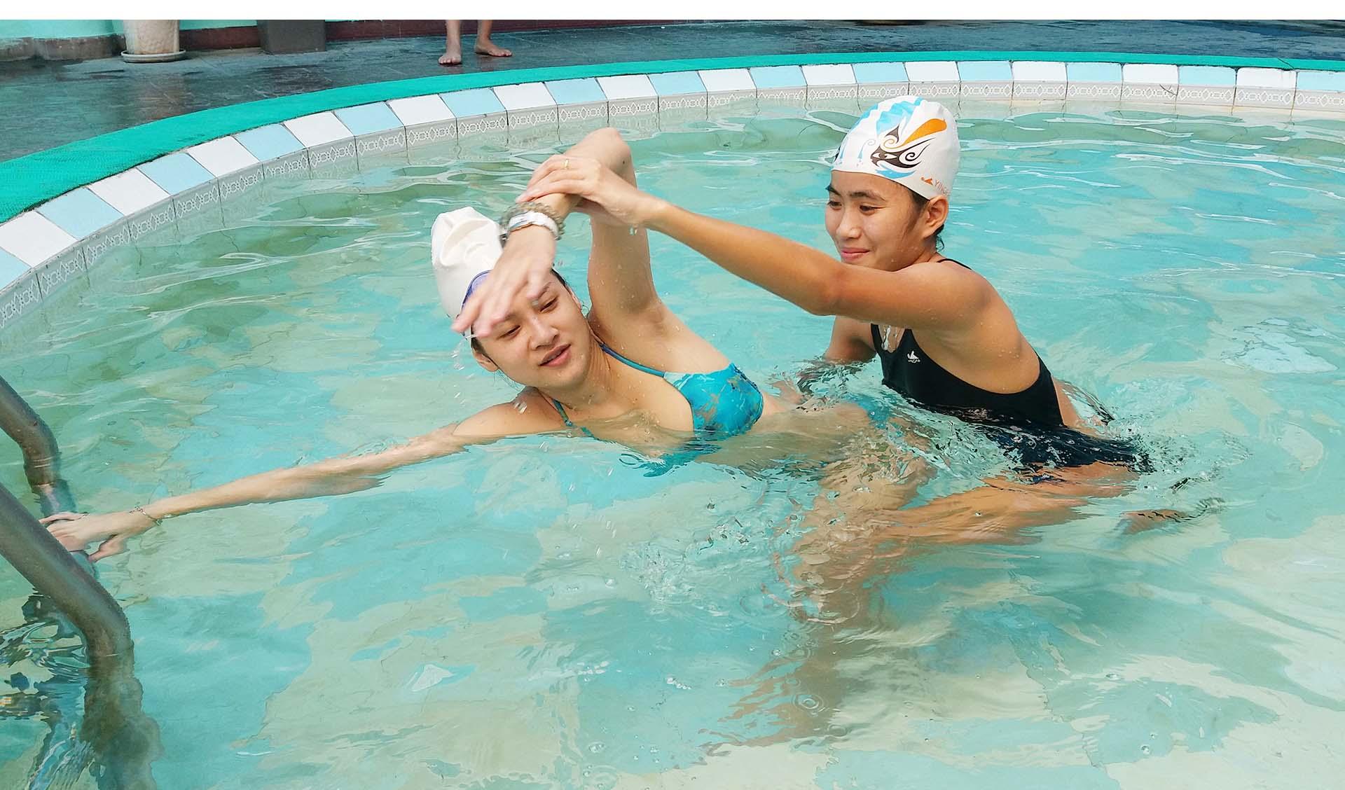 Kết quả hình ảnh cho 5 mẹo giúp bạn học bơi nhanh nhất
